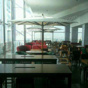 سایبان چتری چوبی مریع جهت فضای بسته رستوران