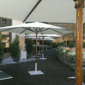 سایبان چتری با پارچه و پایه سفید